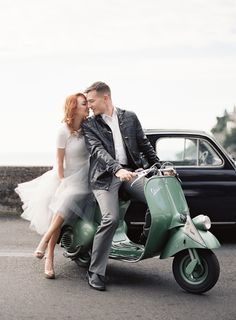 Rae and Philip nussel for wedding engagement photos on vintage vespa in Positano, Italy