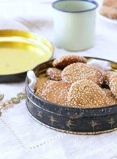 Biscoitos de sésamo(vegan,sem glúten) . Sesame cookies (vegan, gluten free)