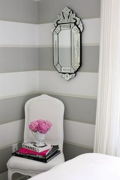 do it yourself wall decor- LOVE THE WALL COLORS AND DESIGN