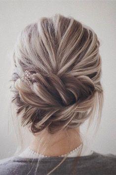 Braided Wedding Hair Ideas You Will Love ❤ See more: http://www.weddingforward.com/braided-wedding-hair/?utm_content=buffer7038e&utm_medium=social&utm_source=pinterest.com&utm_campaign=buffer #weddings