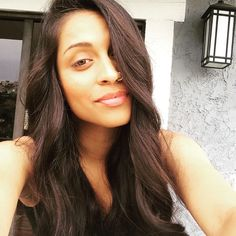 Dem Aaliyah looking vibes. Cause I'm not just anybody. #iisuperwomanii #hurrrrr
