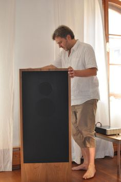Andreas listening to Isis with Hagto Audio