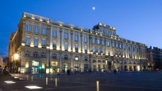 Museo Bellas Artes de Lyon.  La façade depuis la place des Terreaux