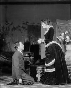 Rollo Peters (as Newland) & Katharine Cornell (Ellen) in Age of innocence (1929). photo by Vandamm Studio