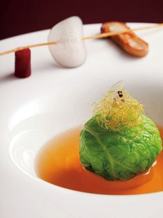 ウェスティンホテル大阪のウェディング、ブライダル公式サイト。ヨーロピアンラグジュアリーが薫る空間に、美味しさというおもてなし
