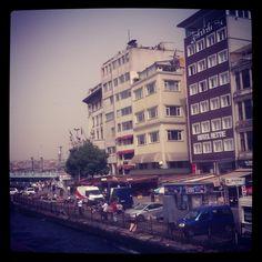 Karaköyün en güzel tarafı Kadıköy'e dönüşüdür...