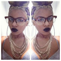 yes you have to be drop dead gorgeous to wear black lipstick , like you have to be or you gone look like you made up for halloween Beauty Makeup, Hair Makeup, Hair Beauty, Makeup Tips, Natural Hair Styles, Short Hair Styles, Crochets Braids, Rockabilly Fashion, Rockabilly Style