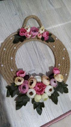 Diy Crafts For Home Decor, Handmade Home Decor, Diy Bag Designs, Burlap Crafts, Burlap Wreaths, White Wedding Decorations, Mirror Crafts, Rope Decor, Diy Bra