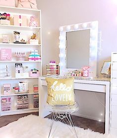 Great ideas on how to arrange items on your shelf unit that you have for your beauty items.