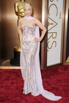 Oscar Gowns, Oscar Dresses, Oscar Fashion, Arab Fashion, Street Fashion, Lady Gaga, Formal Gowns, Strapless Dress Formal, Celebrity Dresses
