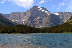 """Fantastic views of mountains, lake await hikers on Swiftcurrent Loop in Glacier National Park. Learn more about this and other great trails in """"Best Sights to See at America's National Parks"""": http://www.amazon.com/Sights-Americas-National-Parks-Hittin-ebook/dp/B018W7Y288"""