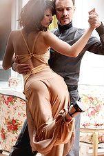 The Art of Dance… Tango. The Art of Dance… Tango. Shall We Dance, Just Dance, Danse Salsa, Foto Glamour, Tango Dancers, Belly Dancing Classes, Tango Dress, Argentine Tango, Salsa Dancing