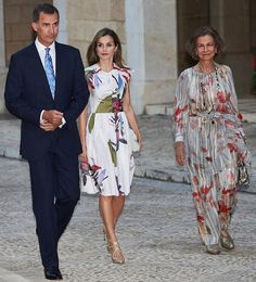 King Felipe VI, Queen Letizia and Former Queen Sofia of Spain attended the traditional summer dinner held for Authorities of the Balearic Islands at the Almudaina Palace on August 7, 2016 in Palma de Mallorca, Spain. (Queen Letizia wears Juan Vidal Dress - Spring / Summer 2016 Collection).