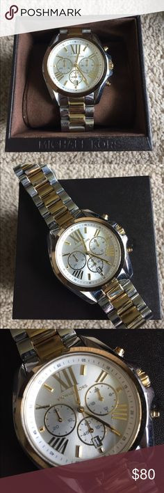 Michael Kors Women's Watch Gently used. Minor signs of wear on face and band. Watch needs a new battery. Comes with box and extra links KORS Michael Kors Accessories Watches