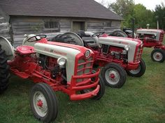 For anyone interested in tractor restoration, particulary 1950's era Ford tractors