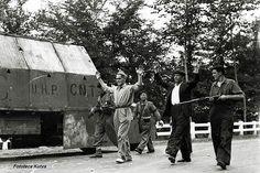 imagen de un miliciano detenido en las calles de Donosti por los fascistas en Septiembre de 1936