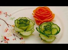 FOOD DECORATION Making Vegetable Flowers Learn How to make Vegetable Carving - Flowers Cucumber with the simple step by step video tutorials online for Free Art of Fruit and Vegetable Carving Garnis. Fruit And Vegetable Carving, Veggie Tray, Cucumber Flower, Deco Fruit, Vegetable Decoration, Carrot Flowers, Fruit Flowers, Creative Food Art, Fruit Decorations
