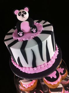 67 Best Panda Cakes Images Panda Bear Cake Panda Cakes Food