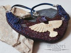 miidori Beadwork, Bags, Fashion, Handbags, Moda, Fashion Styles, Pearl Embroidery, Fashion Illustrations, Bag