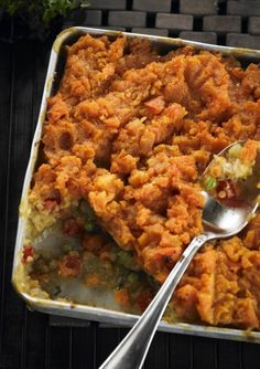 Munching Monday: the most amazing lentil & kumara bake that will ever pass your lips! Veggie Recipes, Real Food Recipes, Dinner Recipes, Cooking Recipes, Healthy Recipes, Dinner Ideas, Healthy Plate, Healthy Eating, Healthy Food