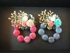 수공예 원석브로치, 결혼식 한복브로치, 목걸이겸용 브로치 : 네이버 블로그 Wire Jewelry, Jewelry Crafts, Gemstone Jewelry, Handmade Accessories, Handmade Jewelry, Handmade Crafts, Diy And Crafts, Resin Crafts, Diy Projects To Try