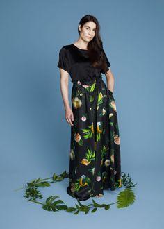 Winter Garden Gorgeous skirt   Uhana Design Short Sleeve Dresses, Dresses With Sleeves, Winter Garden, Skirts, Clothes, Design, Style, Fashion, Moda