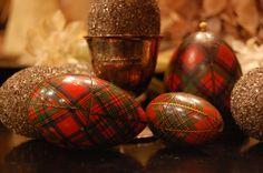 A Bit O' Tartan Ware. from a Tartan Hare. May your baskets be bountiful and your eggs full of hidden treasures. Scottish Plaid, Scottish Tartans, Tartan Christmas, Christmas Bulbs, Holly Christmas, Country Christmas, Christmas Decor, Tartan Weihnachten, Tartan Fashion