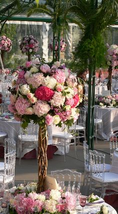 Floral arrangement in Paris by Lenôtre LAURA. -- too spherical and too many flowers to greenery. Mod Wedding, Wedding Table, Floral Wedding, Wedding Bouquets, Wedding Flowers, Wedding Ideas, Wedding Reception, Wedding Bells, Garden Wedding