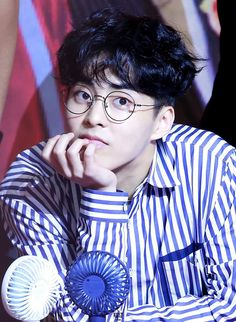 Xuiminnie the adorable hyung Kim Minseok Exo, Exo Xiumin, Exo K, G Dragon, Busan, Kpop, Xiuchen, Kim Min Seok, Exo Members