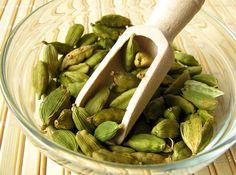 Green Cardamom Or Elaichi Has Incredible Health Benefits