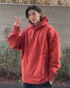 Lee Jong Suk Cute, Lee Jung Suk, Asian Actors, Korean Actors, Doctor Stranger, Boys Long Hairstyles, Bald Men, Kdrama Actors, Korean Celebrities