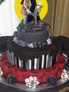 Tim Burton inspired wedding cake