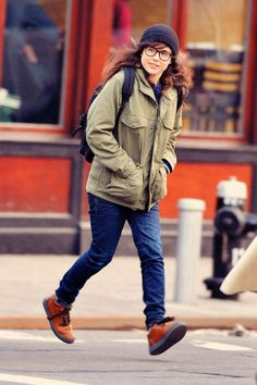 So confortable is not equal to bulky. ♥♥♥♥ Photo: Ellen Page, actress, 155 cm, 48kg.