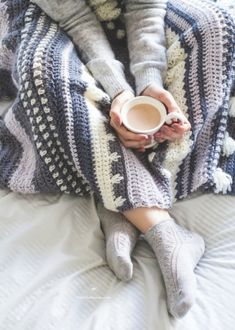 Download Winter Tempest Blanket Crochet Pattern (FREE)