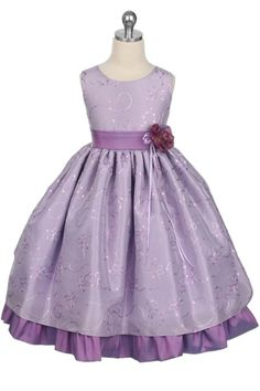 Lilac Girls Dress - Flower girl dresses may be enjoyable to shop for especially because either the bride or the groom is r Lilac Flower Girl Dresses, Purple Flower Girls, Dress Flower, Lilac Dress, Little Girl Dresses, Girls Dresses, Dresses For Less, Trendy Dresses, Taffeta Dress
