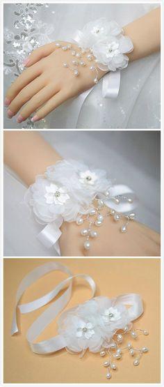Wedding Wrist Corsage, Bridesmaid Corsage, Bridal Wrist Corsage, Weddings Flower Bracelet, Floral Accessories, Mother of the Bride Corsage, White Wrist Corsage, Great Wedding Gift, Prom Corsage, Flower Girl Corsage