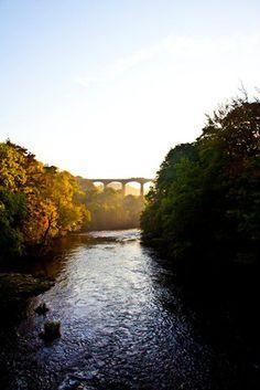The sun setting on the Pontcysyllte aqueduct  www.canalrivertrust.org.uk