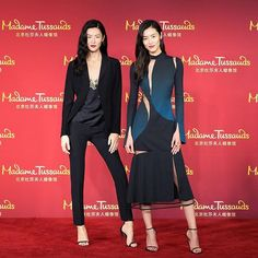 Supermodel Liu Wen got herself a copy through a wax statue in Madame Tussauds Beijing. While attending the launch of herself's wax figure she rocked the look with asymmetrical cutout midi dress from Versace. Seductive mystique for your Saturday night's look. Repost from @liuwenlw #liuwen #versace #madametussauds #mcredcarpet via MARIE CLAIRE INDONESIA MAGAZINE OFFICIAL INSTAGRAM - Celebrity  Fashion  Haute Couture  Advertising  Culture  Beauty  Editorial Photography  Magazine Covers…