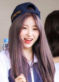 lee chaeyeon pics (@chaeyeongallery) | Twitter