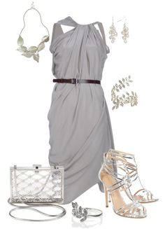 combination of clothes fashion accessorize clothes gray dress silver accessories http://www.womans-heaven.com/gray-dress-with-silver-accessories-combination/