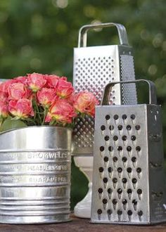 1950S Housewife Bridal Shower | How To Throw A Retro Housewife Bridal Shower - Vintage Wedding ...