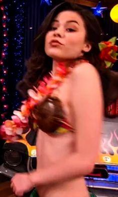 jessica mcnamee topless