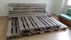Whole Pallet Platform Bed - 150+ Wonderful Pallet Furniture Ideas | 101 Pallet Ideas - Part 9 Wood Pallet Beds, Diy Pallet Bed, Wooden Pallet Furniture, Pallet Ideas, Pallet Bed Frames, Pallet Patio, Wooden Pallets, Upcycled Furniture, Refurbished Furniture