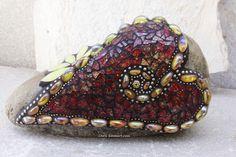 """""""Draped Heart"""" Mosaic Garden Stone by Chris Emmert, via Flickr"""