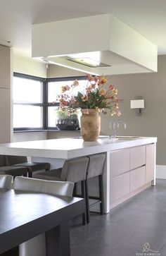 Open Plan Kitchen Dining Living, Living Room Kitchen, Living Room Modern, Home Decor Kitchen, Kitchen Furniture, Kitchen Interior, Home Kitchens, Living Rooms, Beautiful Kitchen Designs
