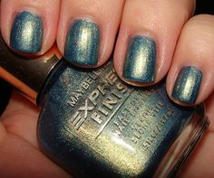 Maybelline Express Finish Jaded Blues