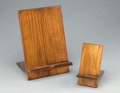 Diy Wood Phone Stand Plans - Build A Tablet And Smartphone Stand With Minwax Woodworking Diy Phone Stand And Dock Ideas That Are Out Of The Box Diy Phone Diy Ipad Tablet Stand Fin. Kids Woodworking Projects, Woodworking Business Ideas, Woodworking Shows, Wood Projects, Woodworking Plans, Youtube Woodworking, Woodworking Articles, Woodworking Courses, Woodworking Beginner