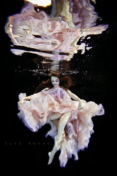The Spirit of Galatea by Ilse Moore, via Behance. Hermosa