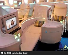 For business class travellers, the seat is the most important part of the overall package when booking international fares. But business class — more so than any other class of travel &. Jets Privés De Luxe, Luxury Jets, Luxury Private Jets, Private Plane, Flying First Class, First Class Seats, Business Class, Business Travel, Luxury Life