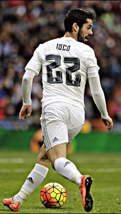 football is my aesthetic: Photo Club Football, Real Madrid Football Club, Best Football Team, Football Players, Isco Real Madrid, Real Madrid Club, Real Madrid Players, Hot Rugby Players, Isco Alarcon